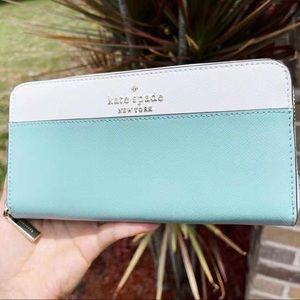 Kate Spade ♠️ Zip Around Continental Wallet